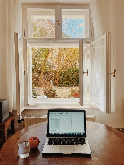 Laptop-with-view